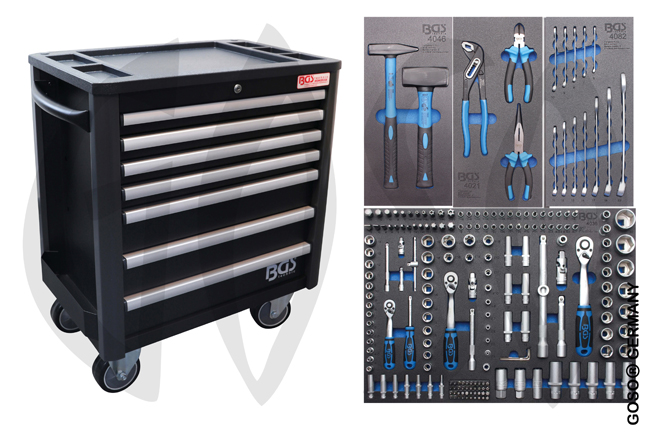 Workshop trolley complete with 209 tools 1407